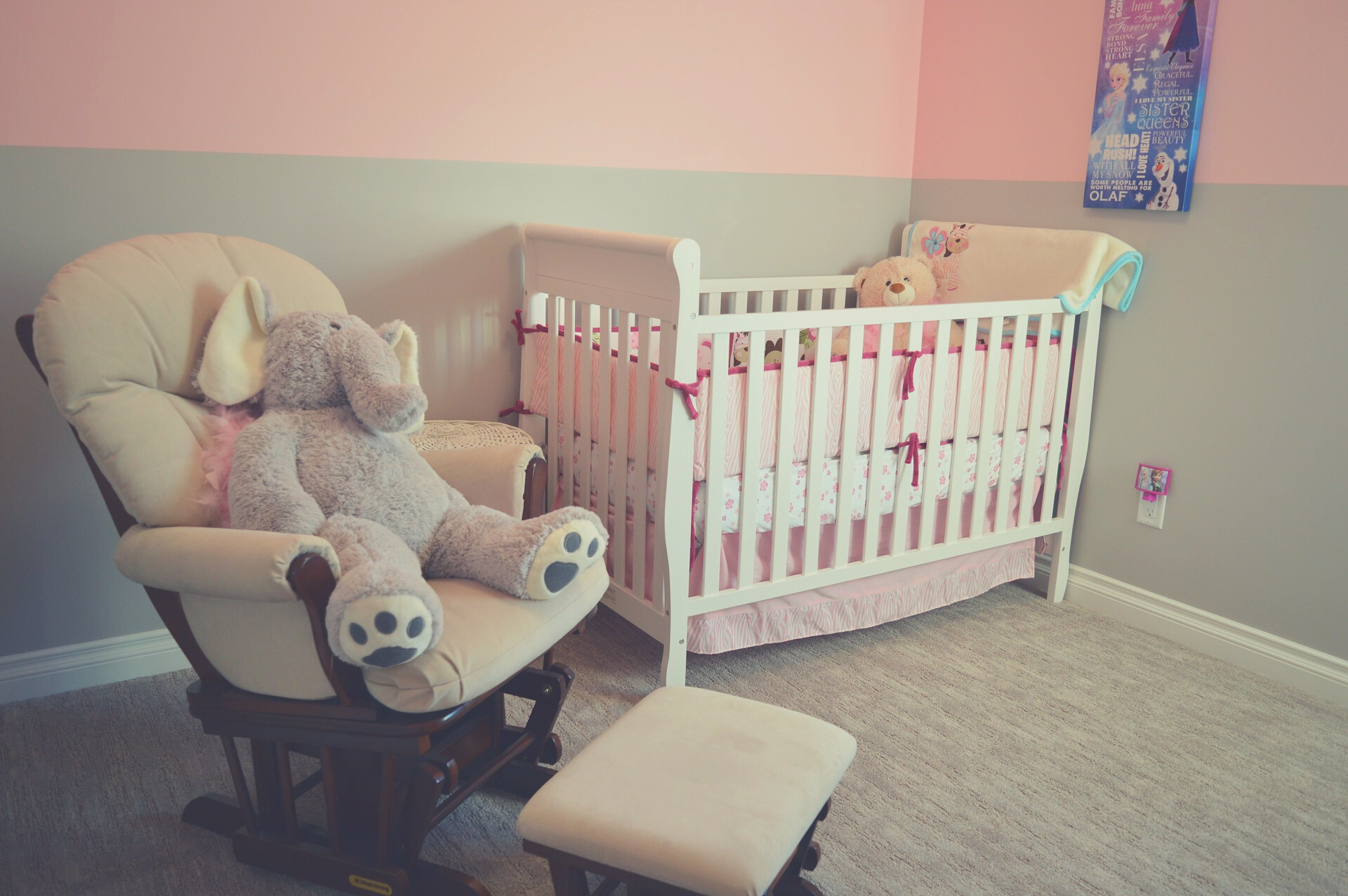 How to Keep Your Toddler in Their Crib - Smart Parent Advice